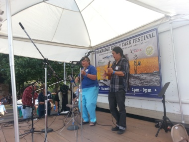 Jumped on stage with Jane Sinclair to play some Hapa Haole music